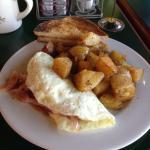 Omelette & House Potatoes at Longbottom Coffee in Hillsboro, Oregon