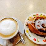 Cappuccino & cinnamon bun