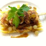 gratin de penné et caille rôties aux oignons confit