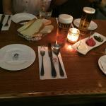 Table setting with Spanish draft beer (half pint)