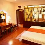 Jokhang Temple Cool Yak Hotel