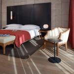 Mamilla Suite