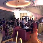 Metropark Hotel Causeway Bay - Vics Pub Foto