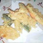 Tempura (expensive but nice, some vegetable were cut so BIG)