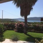 Tolle Aussicht von der Terrasse auf das Meer und die gegenüberliegende Halbinsel