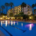 La splendida vista notturna dell'Hotel Relax