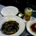 Seafood Combo with Spaghetti and Italian Margarita