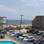 Photo de Coral Seas Oceanfront Motel