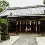 片埜神社の本堂