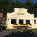Applewood Inn Restaurant