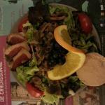 Salade périgourdine (Entrée du menu à 28 €)