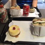 Menu canette + bagel + cheesecake = 10,95€. + 0,60€ pour Arizona 0,5L. TOP !!!