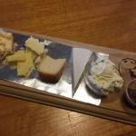 The Cheese Co's $6.95 tasting platter