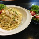 Pasta with Chicken and Mushroom in Cream