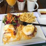 Eggs benedict just the way i like!