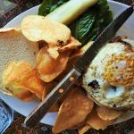 Longfellow Burger: Caramelized onions, fried egg & Monterey Jack with homemade chips.  DELISH!