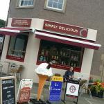 Foto de Simply Delicious Ice Cream Shop
