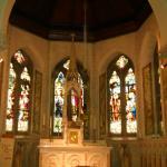 Cappella con le vetrate citate