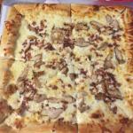 Bild från Mikeys Wicked Good Pizza