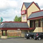 Exterior, Lakeview Inn