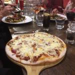 Bolognaise pizza