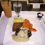 7oz ROASTED GARLIC CREAM steak with croquette with vegetable