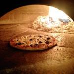 original Holzofenpizza