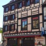 Facade Hôtel de la Cloche 1er août 2015