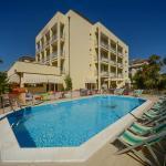 residence+piscina