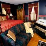 Gifford Room (Rate: 225)