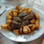 Kontosouvli (spezzatino di maiale)