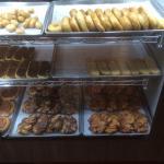Photo de Gold-N-Glaze Donut & Coffee