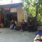 Photo de Taoping Qiang Village