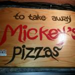 Mickey'spizza