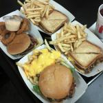Hmmm, what do we have here, two burgers and two patty melts with some chili cheese fries and oni