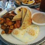 Highlander Breakfast - it comes with Oatmeal!!!!