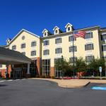 Photo of Hampton Inn & Suites Williamsburg Square