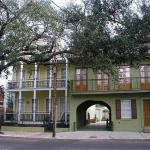 Photo of Prytania Oaks Hotel