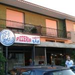 Emanuela Pizzeria