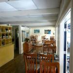 Upper Deck Cafe Foto