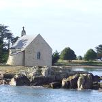 ile avec chapelle