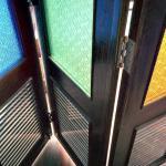 バルコニーの扉