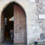 Portão de entrada da Biblioteca/Castelo de Ursino