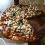 The Uffda pizza