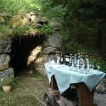 Outdoorbereich Weinprobe am Stollen