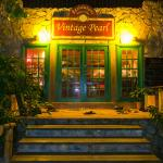 Foto de Vintage Pearl Restaurant and Wine Cellar