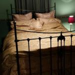 Queen Size Brass Bed with Ensuite Bathroom