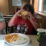 Buds Burgers
