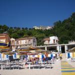 struttura vista dalla spiaggia