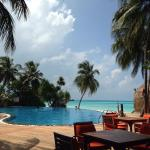 Vilu Reef Beach & Spa Resort